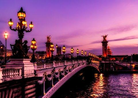 15. Madrid, Lourdes y París - París